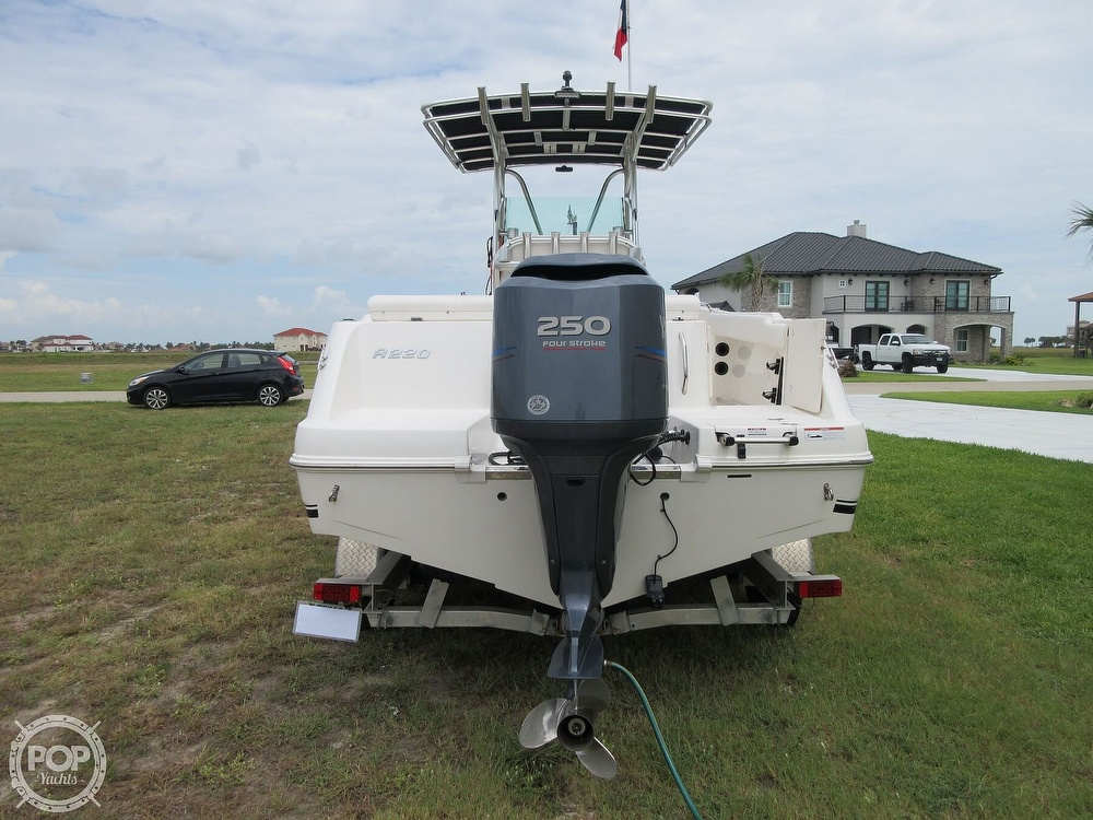 2010 Robalo boat for sale, model of the boat is R220 & Image # 27 of 40