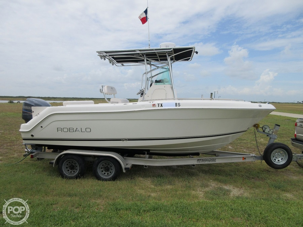 2010 Robalo boat for sale, model of the boat is R220 & Image # 30 of 40