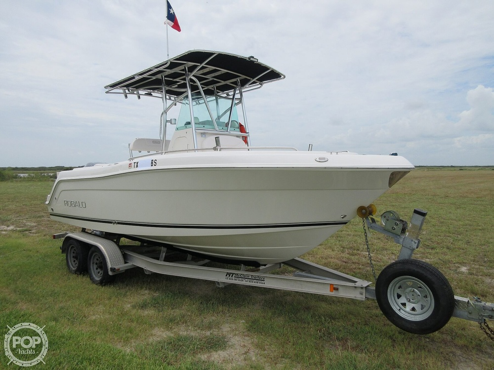 2010 Robalo boat for sale, model of the boat is R220 & Image # 32 of 40