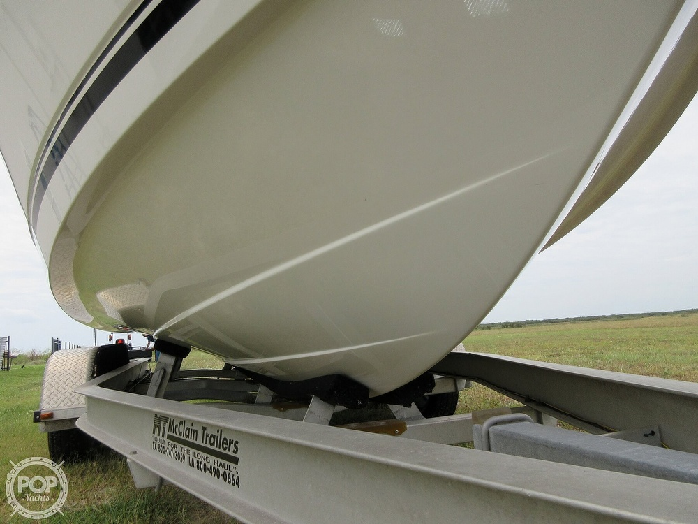 2010 Robalo boat for sale, model of the boat is R220 & Image # 38 of 40