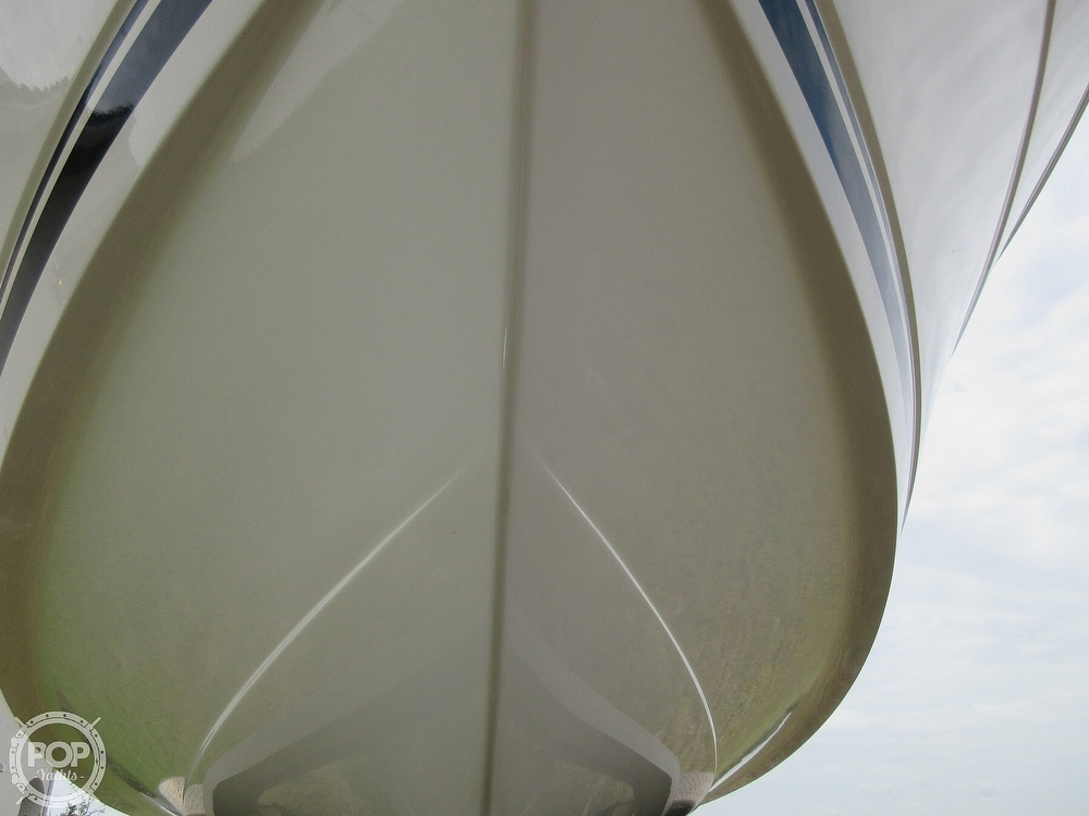 2010 Robalo boat for sale, model of the boat is R220 & Image # 17 of 40