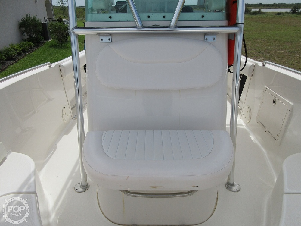 2010 Robalo boat for sale, model of the boat is R220 & Image # 13 of 40