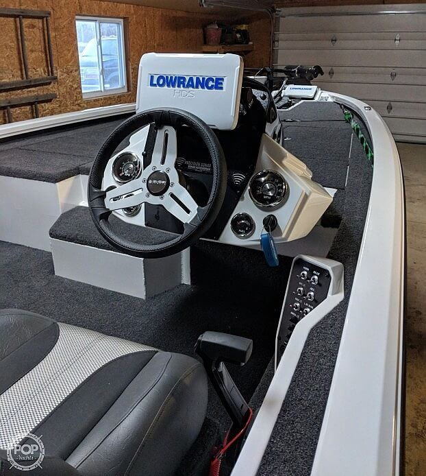 2019 Vexus boat for sale, model of the boat is AVX1980 & Image # 8 of 41