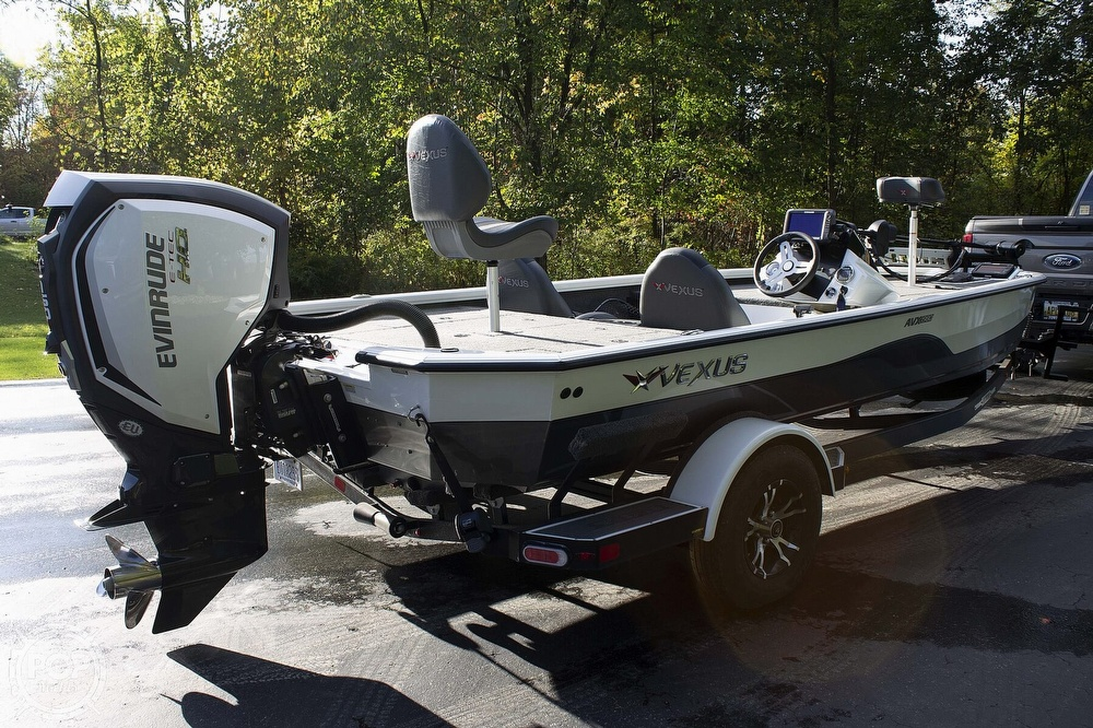 2019 Vexus boat for sale, model of the boat is AVX1980 & Image # 4 of 41