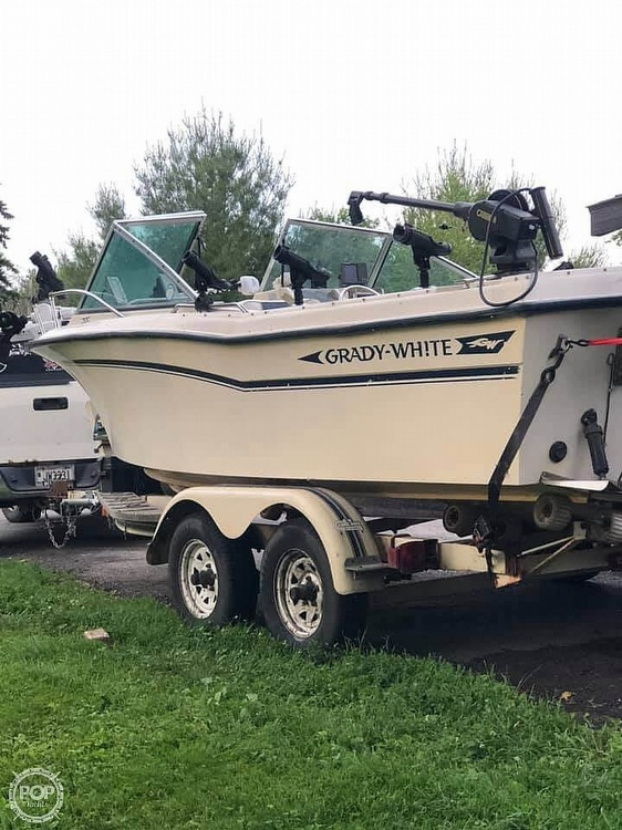 1988 Grady-White boat for sale, model of the boat is 190 Tournament & Image # 2 of 40