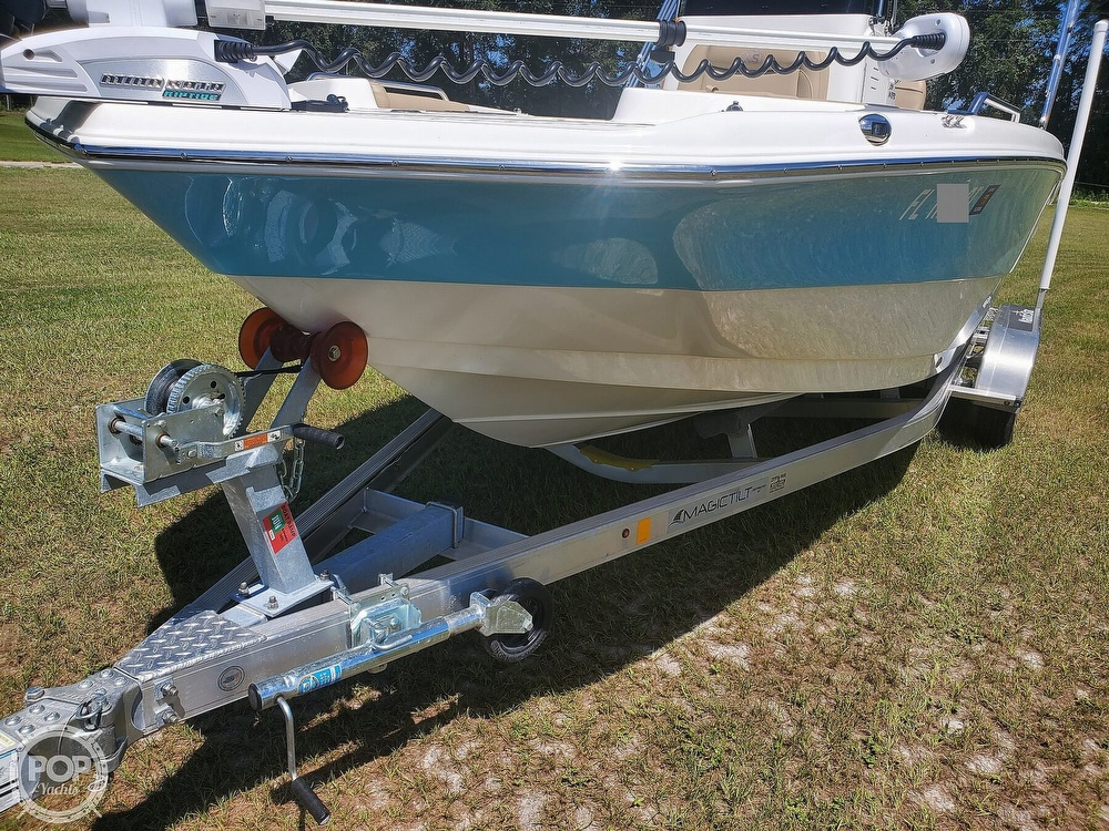 2019 Nautic Star boat for sale, model of the boat is 211 Hybrid & Image # 14 of 40