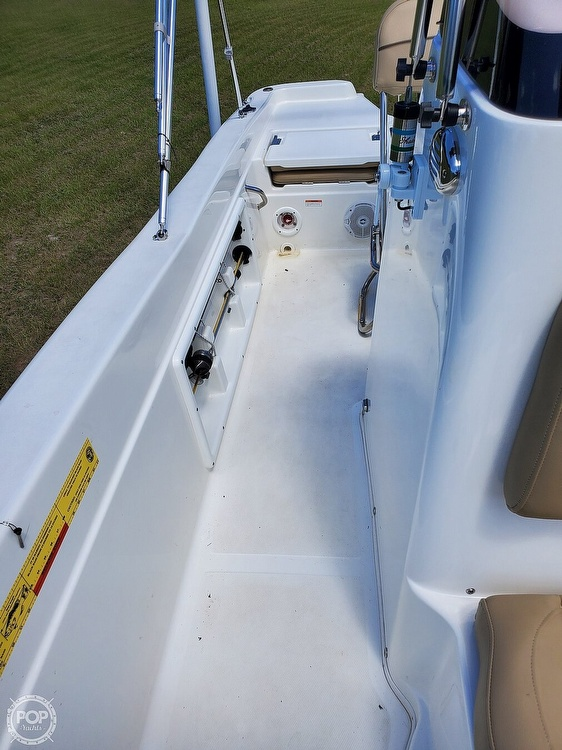 2019 Nautic Star boat for sale, model of the boat is 211 Hybrid & Image # 38 of 40