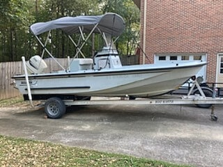 1996 Boston Whaler boat for sale, model of the boat is Guardian 19 & Image # 7 of 34