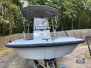 1996 Boston Whaler boat for sale, model of the boat is Guardian 19 & Image # 9 of 34