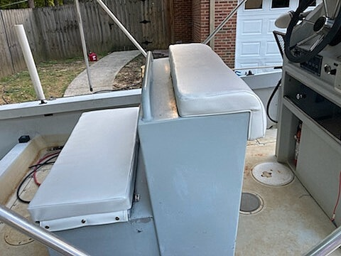 1996 Boston Whaler boat for sale, model of the boat is Guardian 19 & Image # 6 of 34