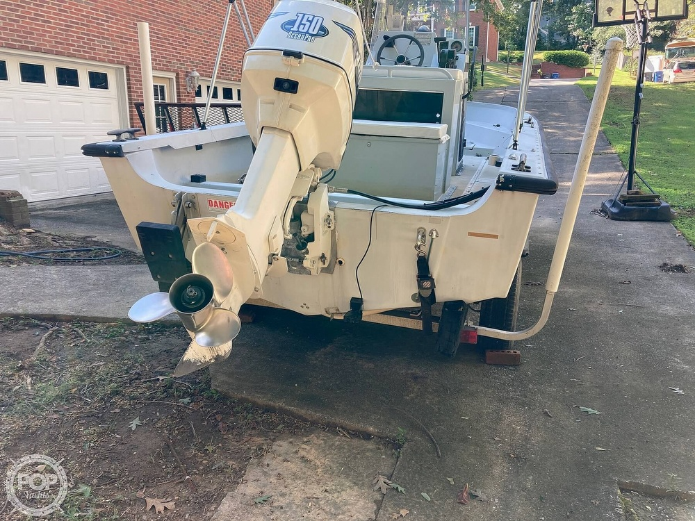 1996 Boston Whaler boat for sale, model of the boat is Guardian 19 & Image # 14 of 34