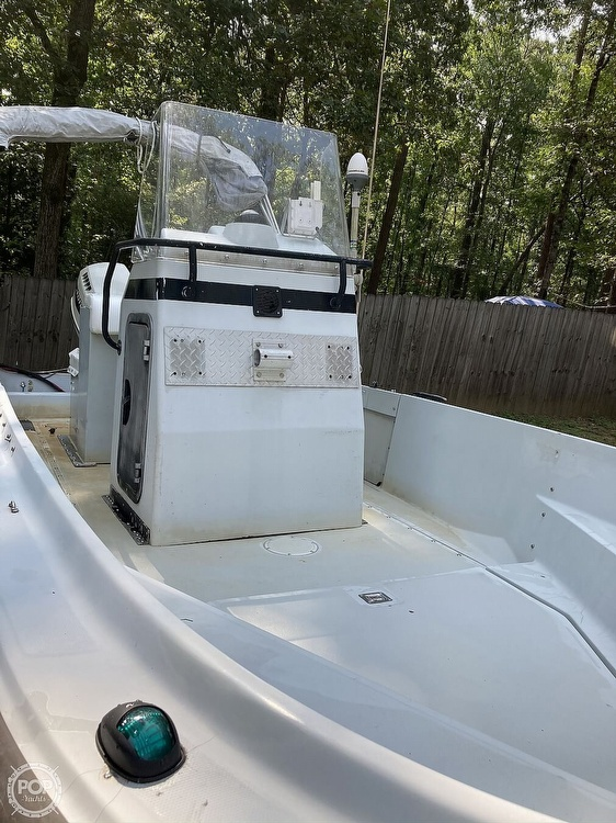 1996 Boston Whaler boat for sale, model of the boat is Guardian 19 & Image # 2 of 34