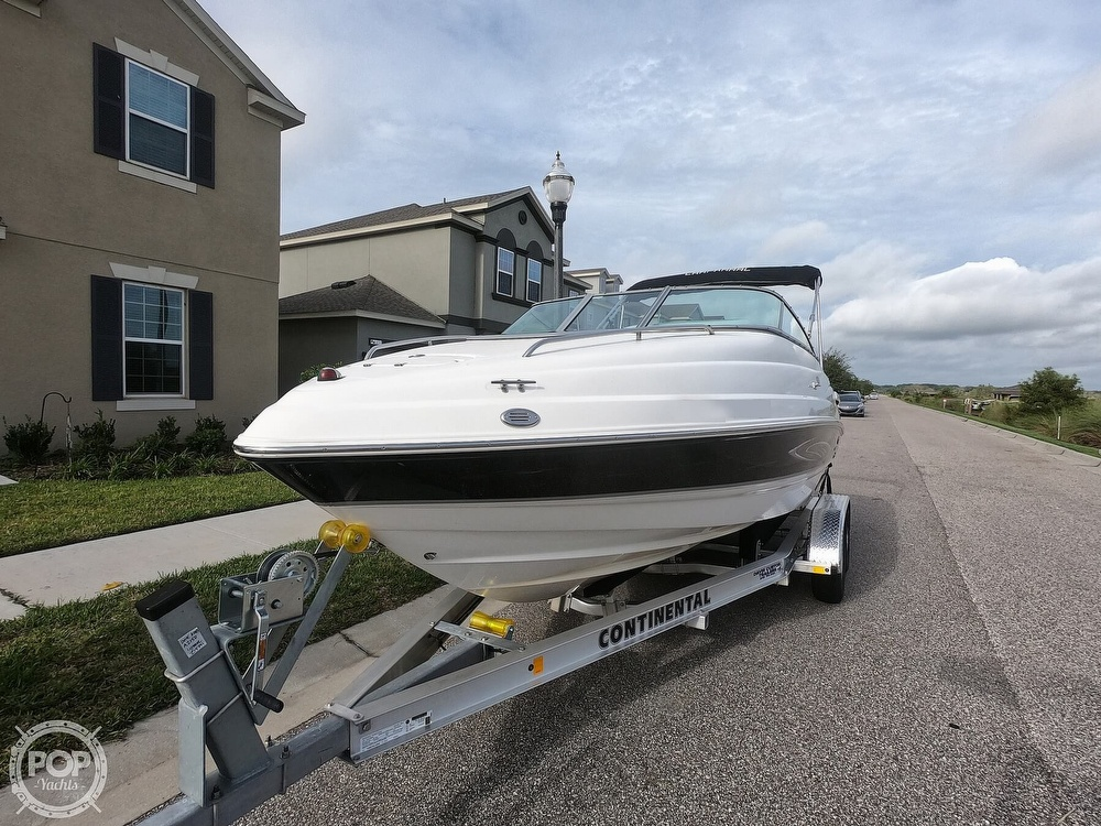 2006 Chaparral boat for sale, model of the boat is 215 SSi & Image # 10 of 40