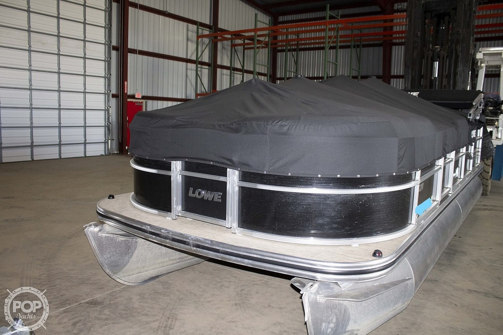 2017 Lowe boat for sale, model of the boat is SS 210 & Image # 4 of 27