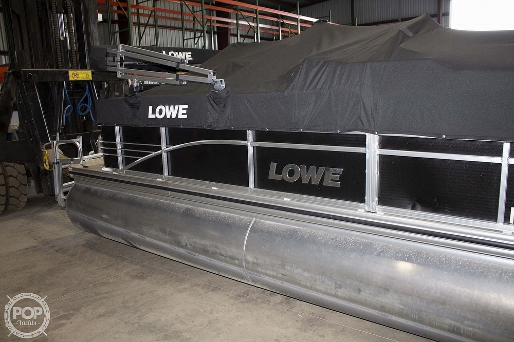 2017 Lowe boat for sale, model of the boat is SS 210 & Image # 5 of 27