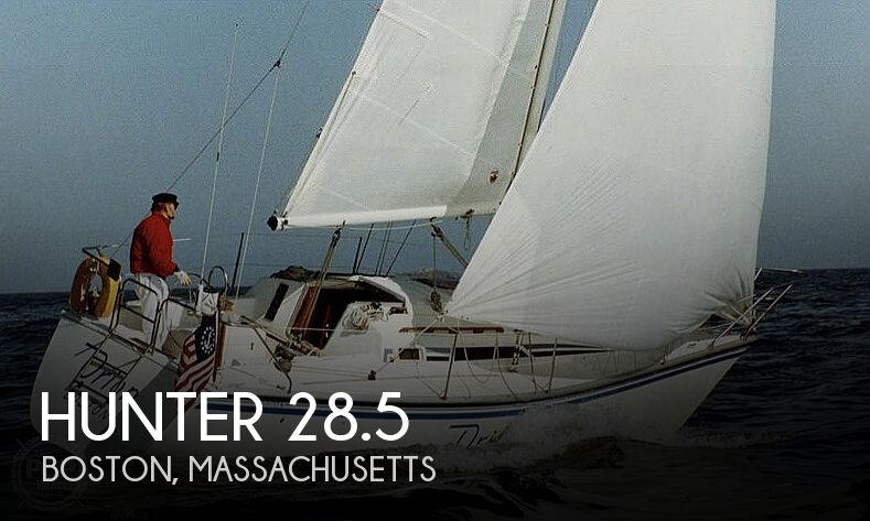 1985 Hunter boat for sale, model of the boat is 28.5 & Image # 1 of 40