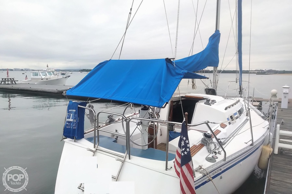 1985 Hunter boat for sale, model of the boat is 28.5 & Image # 30 of 40