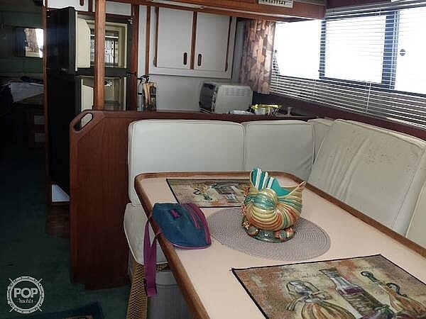 1987 Carver boat for sale, model of the boat is 3697 Mariner & Image # 21 of 40