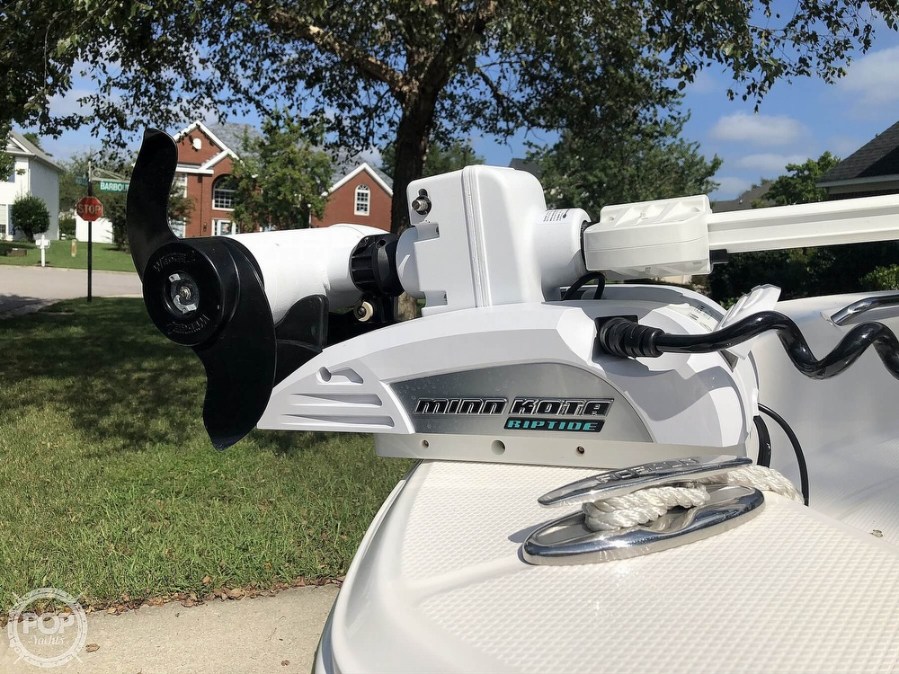 2019 Robalo boat for sale, model of the boat is R160 & Image # 16 of 41
