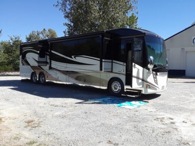 2016 Winnebago Ellipse 42QD - #1