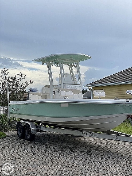 2017 Robalo boat for sale, model of the boat is 226 Cayman & Image # 3 of 41