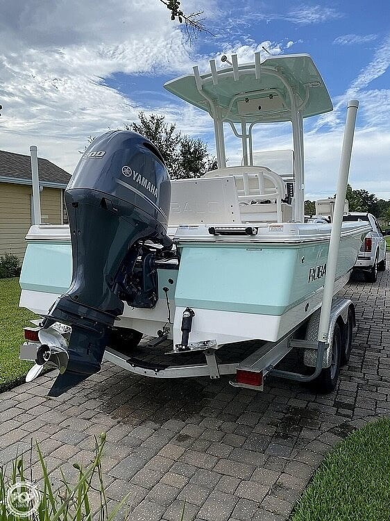2017 Robalo boat for sale, model of the boat is 226 Cayman & Image # 2 of 41