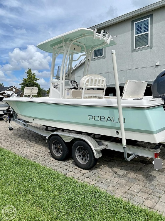 2017 Robalo boat for sale, model of the boat is 226 Cayman & Image # 21 of 41