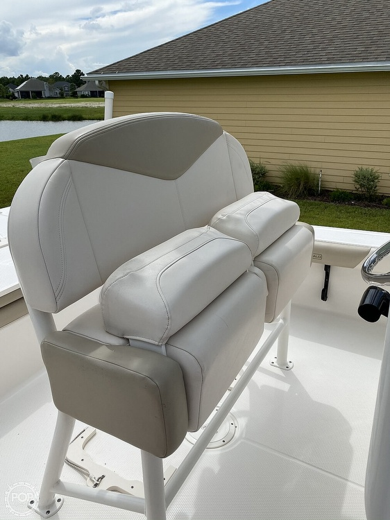 2017 Robalo boat for sale, model of the boat is 226 Cayman & Image # 33 of 41