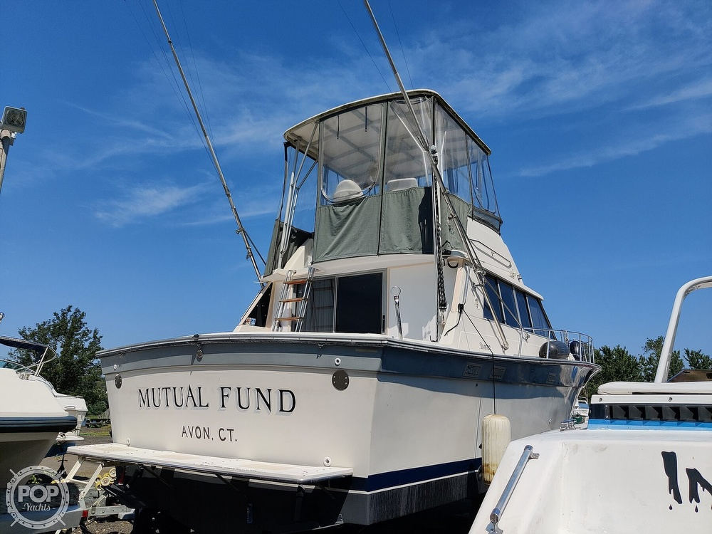 1986 Silverton boat for sale, model of the boat is 37 Convertible & Image # 3 of 40