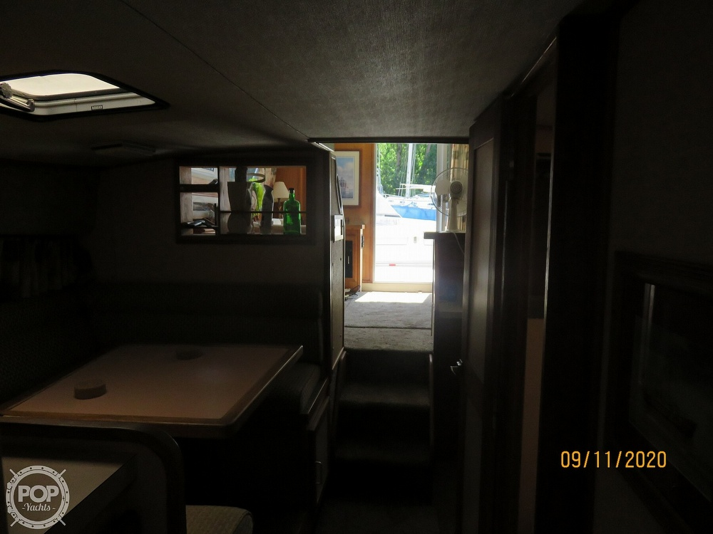 1986 Silverton boat for sale, model of the boat is 37 Convertible & Image # 8 of 40
