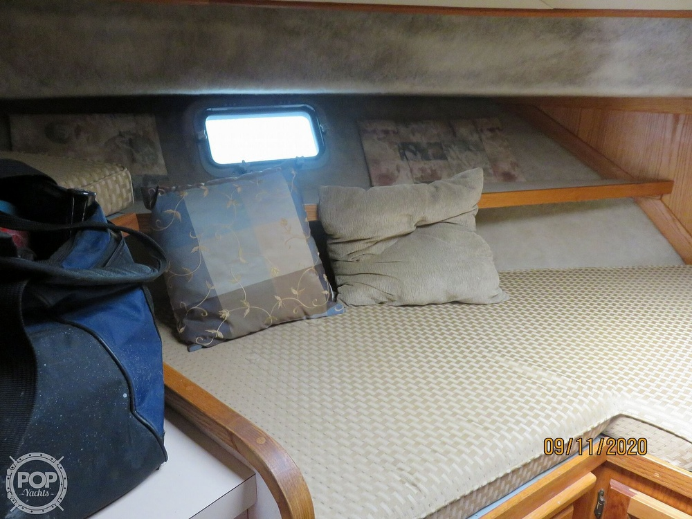 1986 Silverton boat for sale, model of the boat is 37 Convertible & Image # 13 of 40