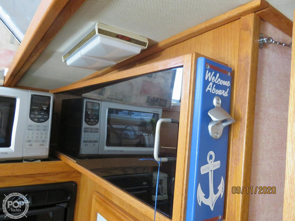 1986 Silverton boat for sale, model of the boat is 37 Convertible & Image # 39 of 40