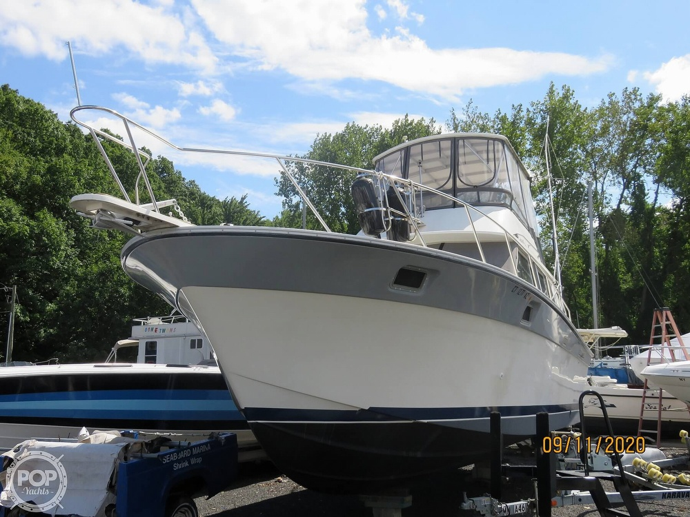 1986 Silverton boat for sale, model of the boat is 37 Convertible & Image # 2 of 40