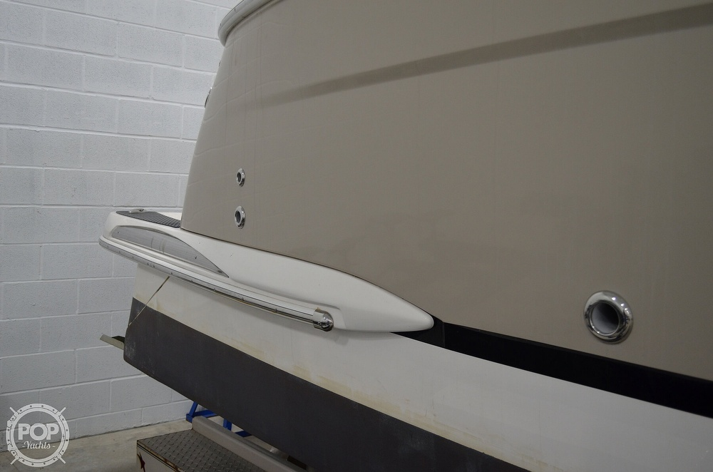 2007 Regal boat for sale, model of the boat is 3060 Window Express & Image # 30 of 40