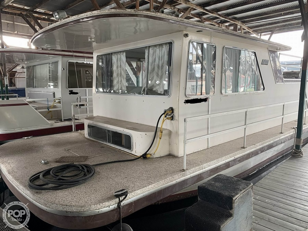 1981 Gibson boat for sale, model of the boat is 12 x 42 & Image # 18 of 40