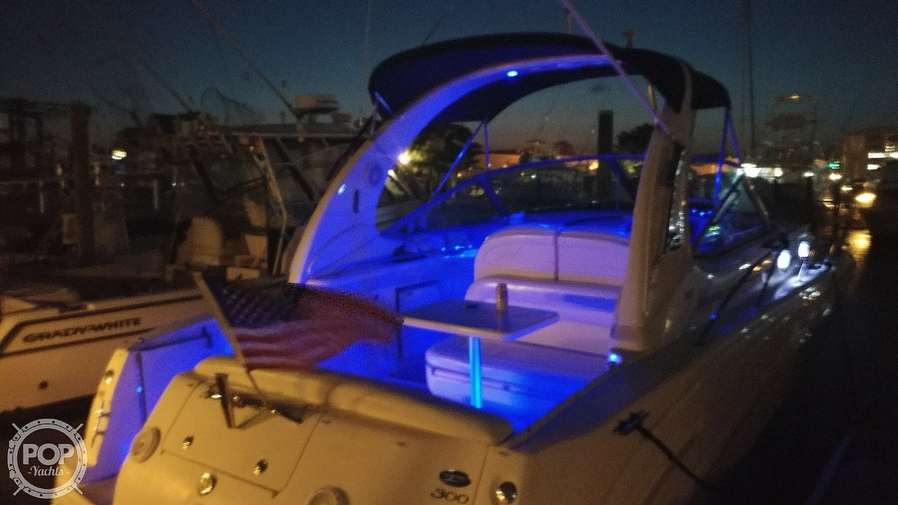 2004 Sea Ray boat for sale, model of the boat is 300 Sundancer & Image # 8 of 40