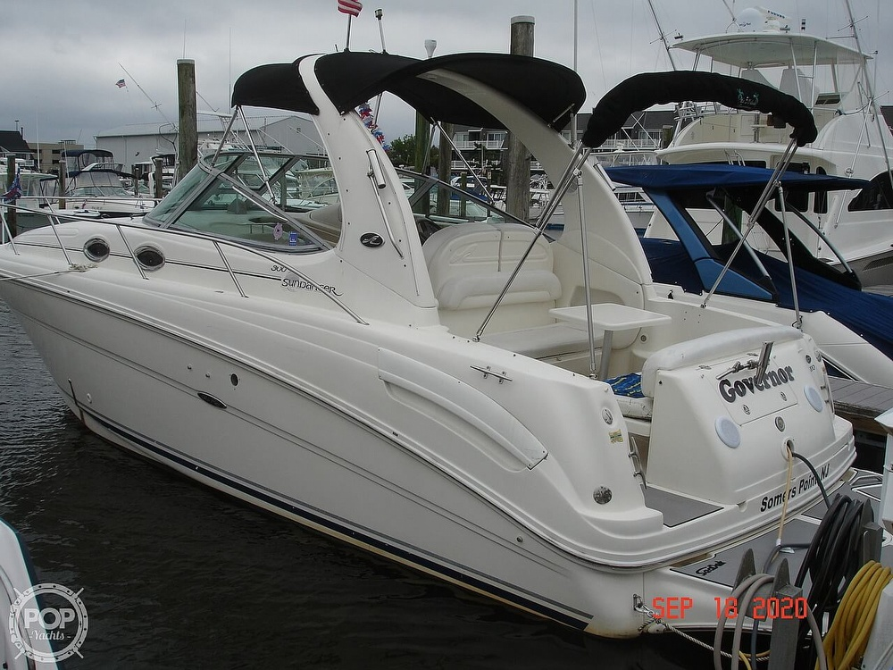 2004 Sea Ray boat for sale, model of the boat is 300 Sundancer & Image # 28 of 40