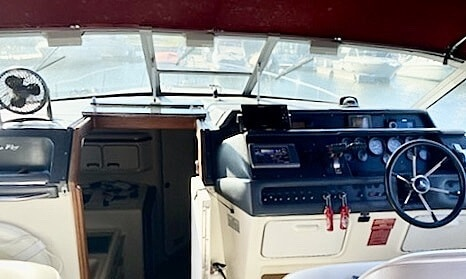 1992 Sea Ray boat for sale, model of the boat is 330 EC & Image # 28 of 41