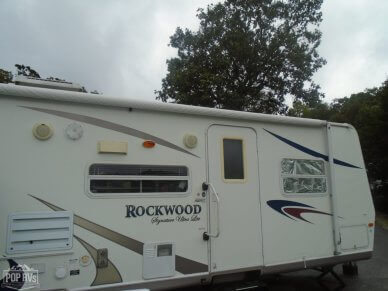 2007 Rockwood 8317SS - #1