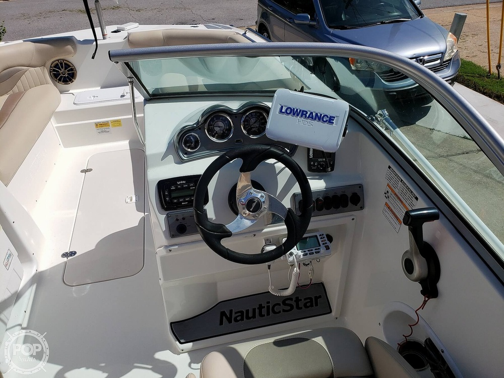 2014 Nautic Star boat for sale, model of the boat is 203 DC Sportdeck & Image # 4 of 41