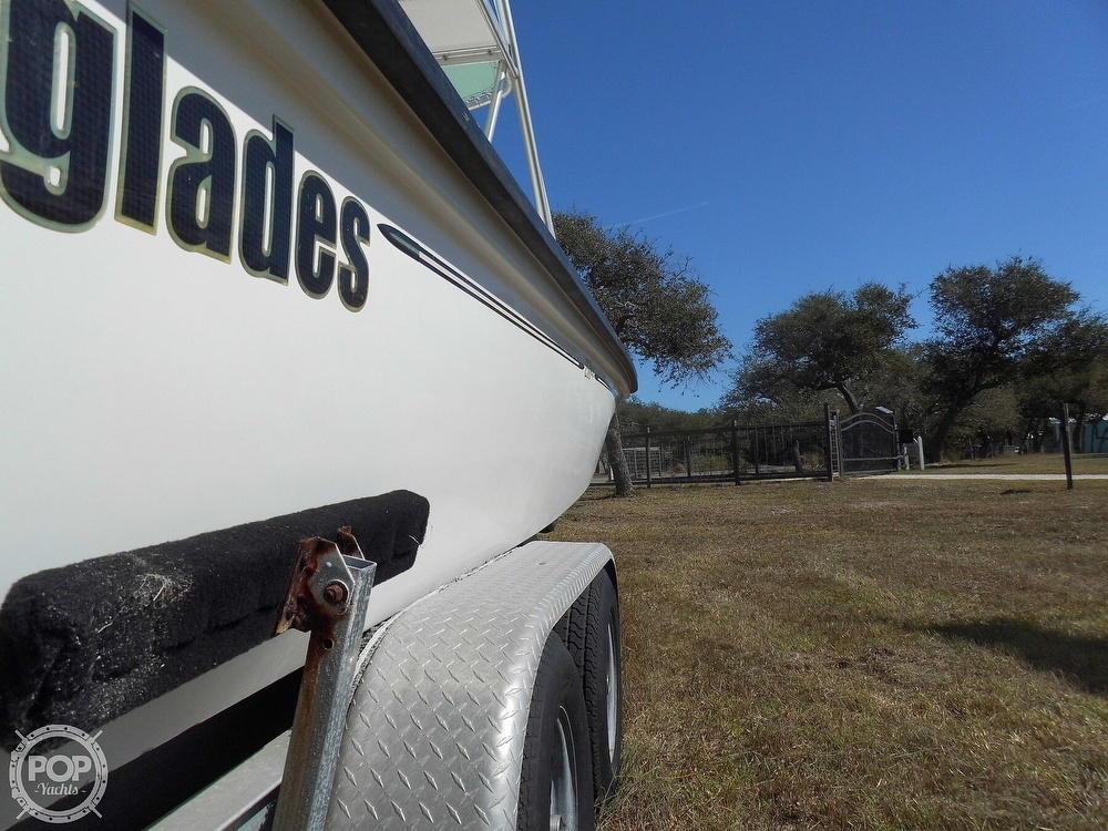 2004 Everglades boat for sale, model of the boat is 250 CC & Image # 26 of 40