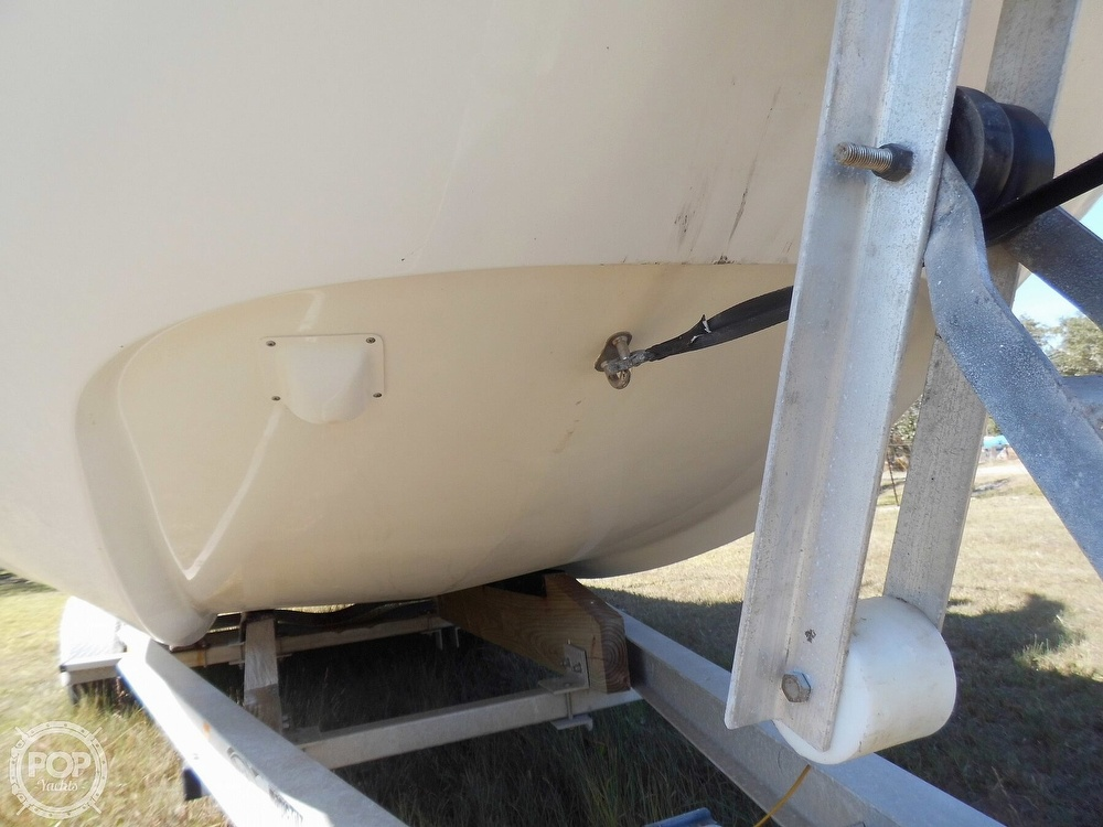 2004 Everglades boat for sale, model of the boat is 250 CC & Image # 30 of 40