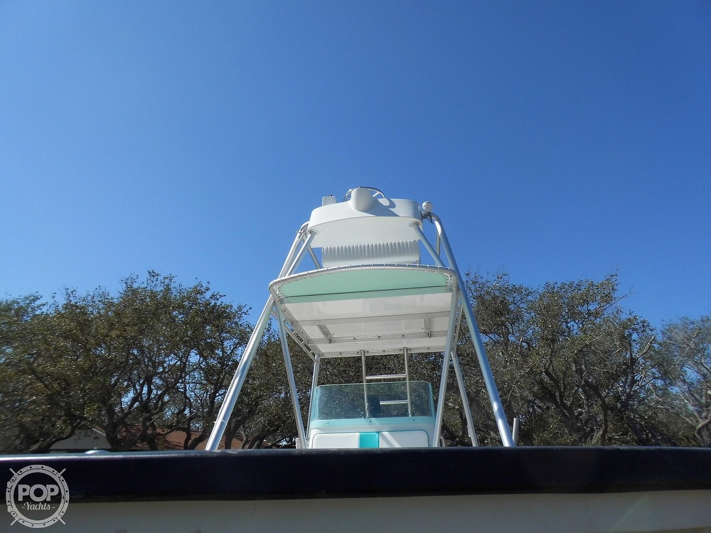 2004 Everglades boat for sale, model of the boat is 250 CC & Image # 36 of 40