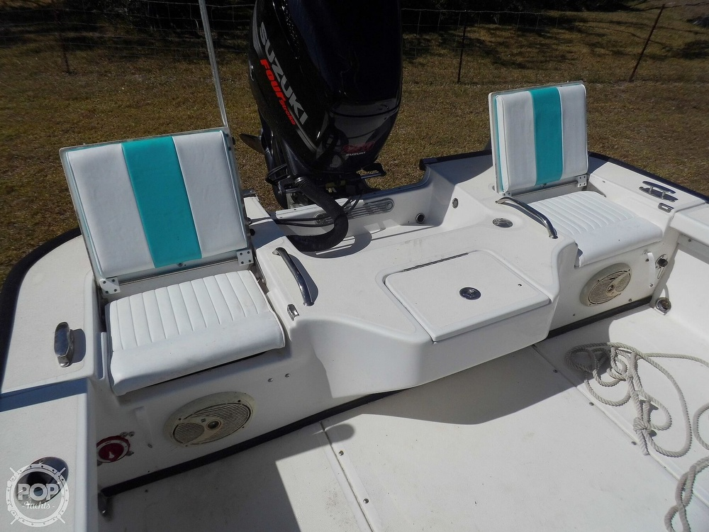 2004 Everglades boat for sale, model of the boat is 250 CC & Image # 38 of 40