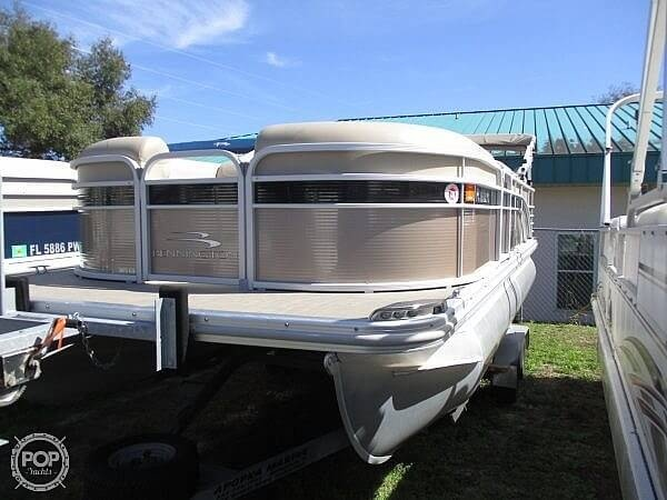 2015 Bennington boat for sale, model of the boat is 2075 GS Saltwater Series & Image # 4 of 40