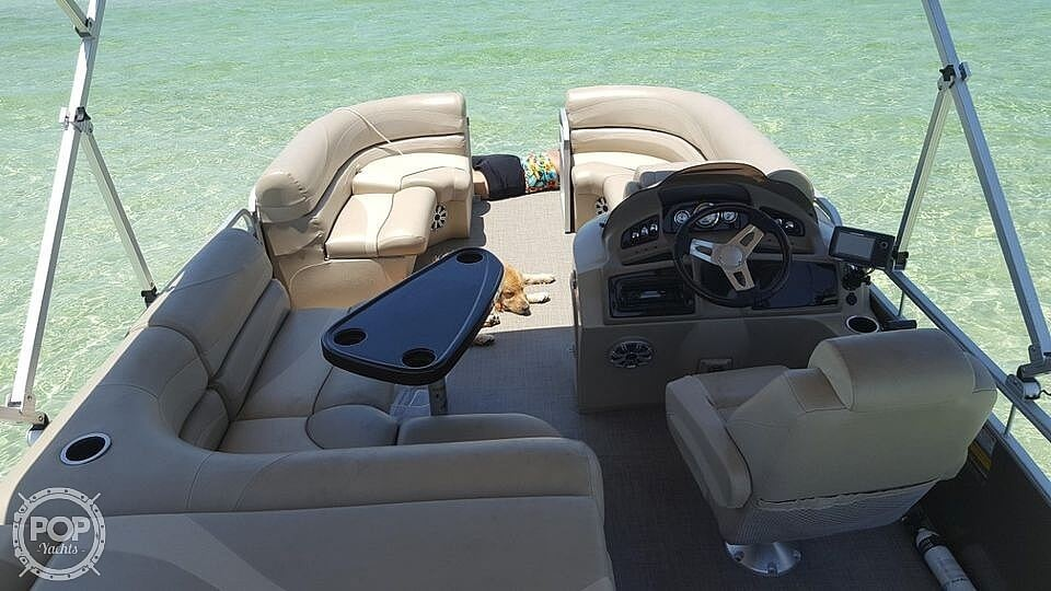 2015 Bennington boat for sale, model of the boat is 2075 GS Saltwater Series & Image # 8 of 40