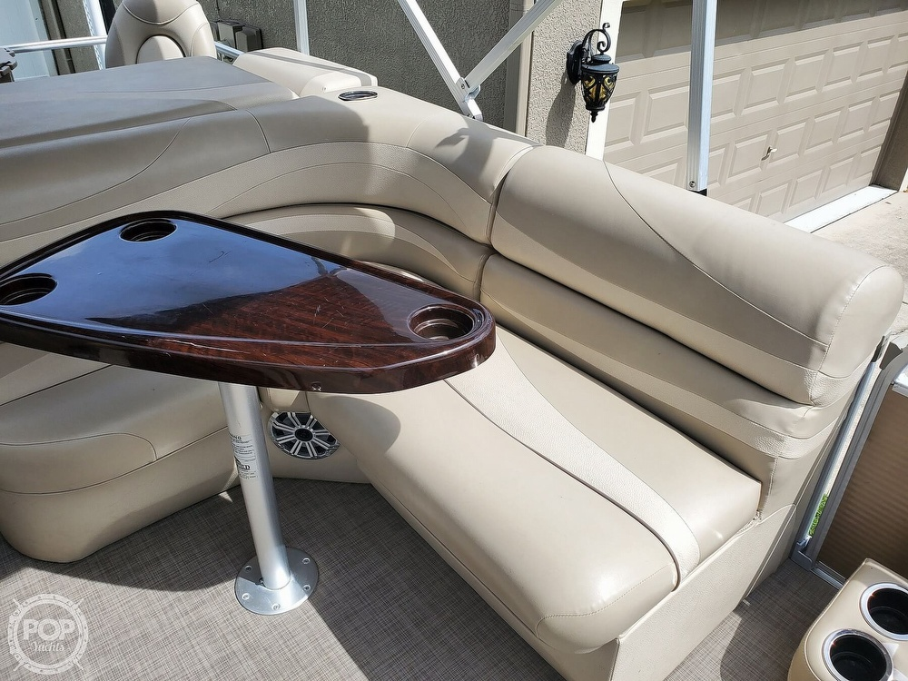 2015 Bennington boat for sale, model of the boat is 2075 GS Saltwater Series & Image # 15 of 40