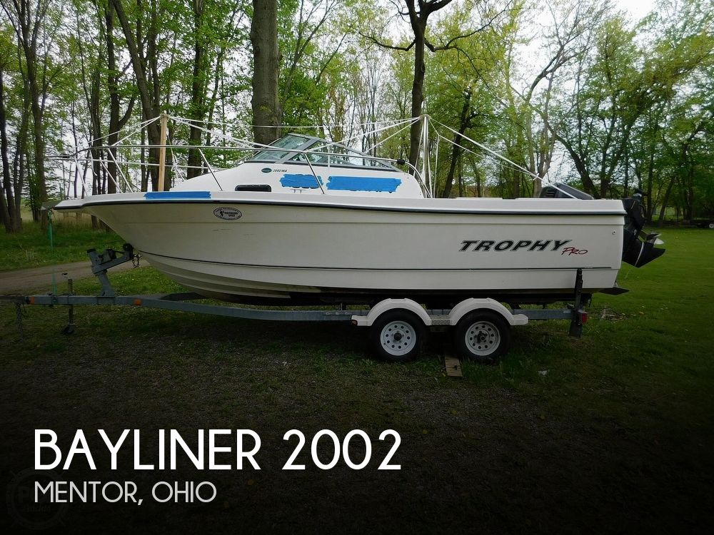 2005 Bayliner boat for sale, model of the boat is Trophy 2002 WA & Image # 1 of 40