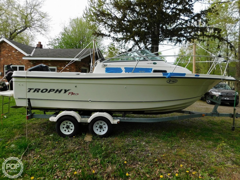 2005 Bayliner boat for sale, model of the boat is Trophy 2002 WA & Image # 2 of 40