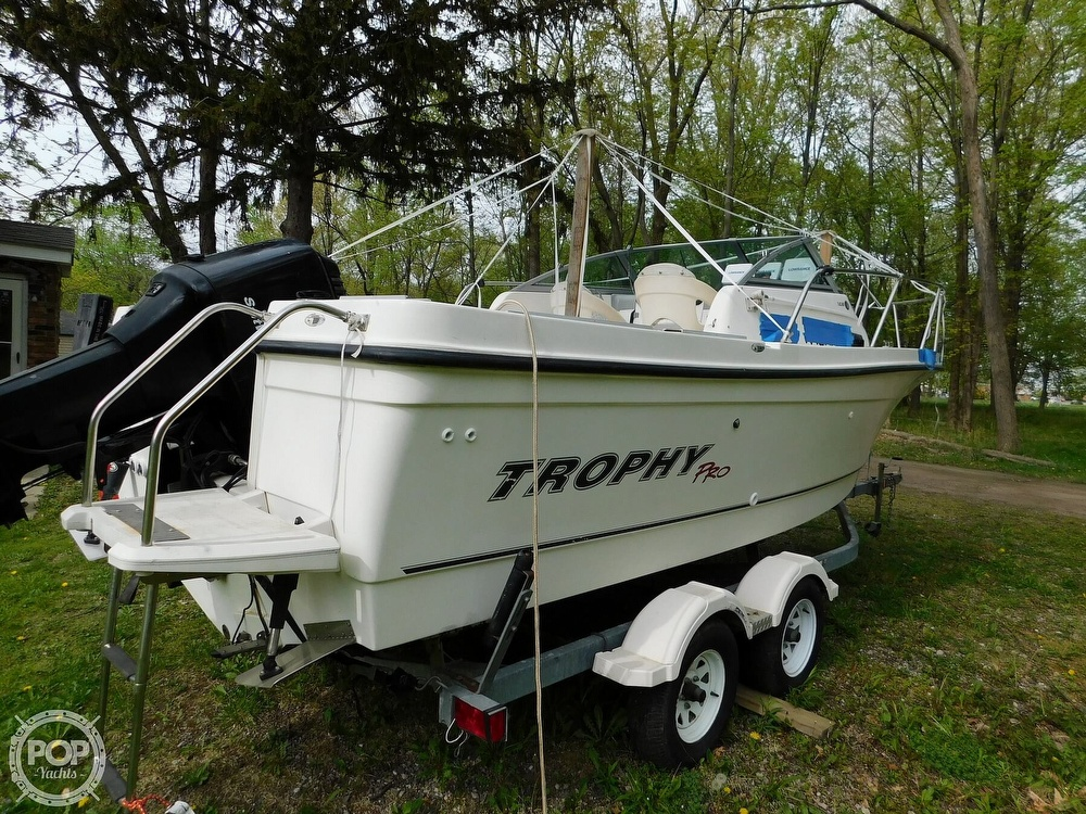 2005 Bayliner boat for sale, model of the boat is Trophy 2002 WA & Image # 29 of 40